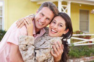 2-Husband-welcoming-military-wife-home-300x200